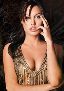 Angelina_Jolie_21